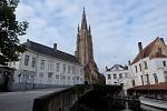 Kostel Panny Marie, Bruggy