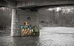 Holub pod mostem