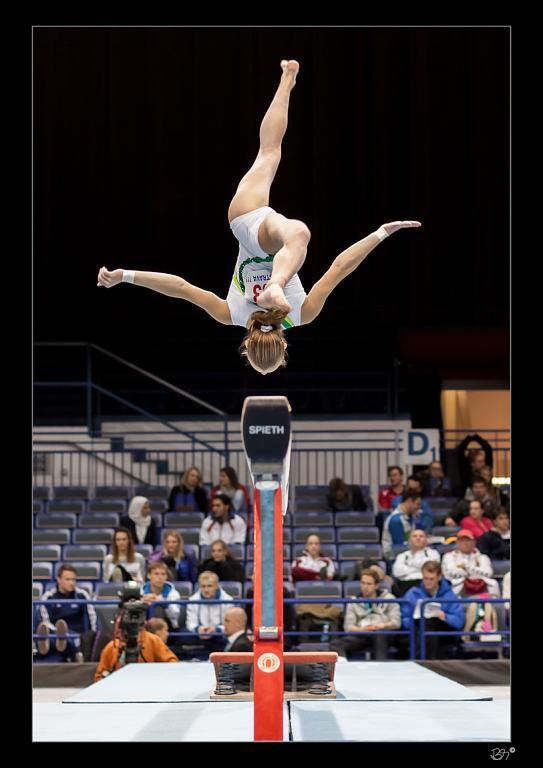 Tož taká gymnastka v luftě