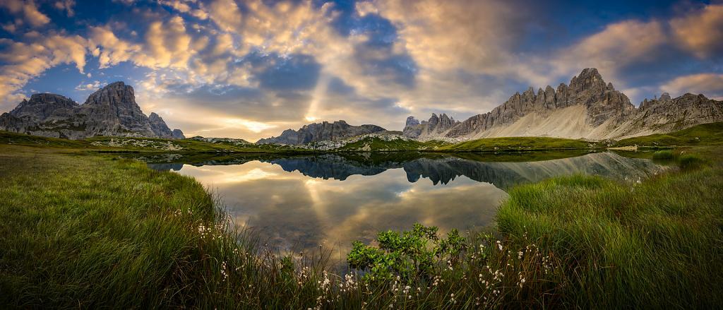 Východ slunce u Lago dei Pianni