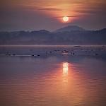 Východ nad jezerem Horka