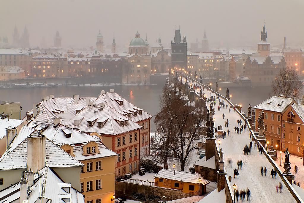 Zimní Karlův most