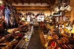obchod v Besalu