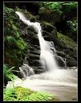 V údolí Doubravy-Kamenný potok,vodopád