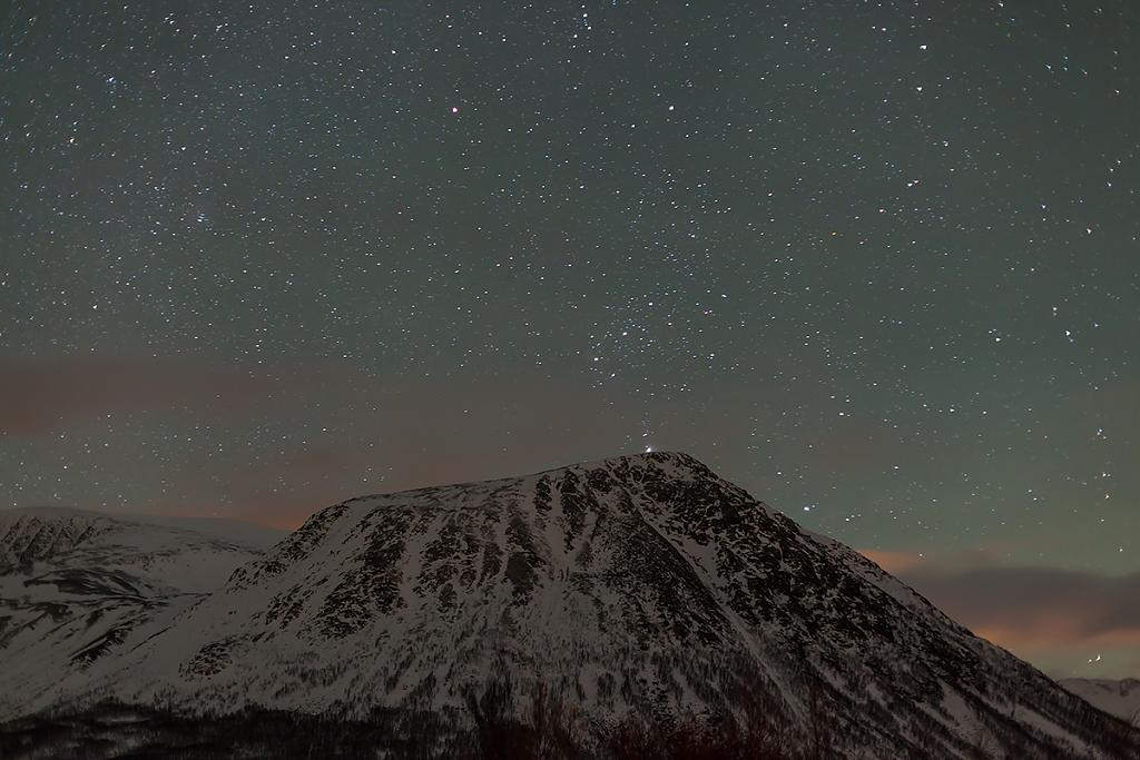 Orion skáče přes kopec