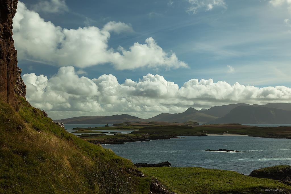 Ostrovy Sanday a Rum z Canna Island