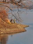O přehradě a rybářích