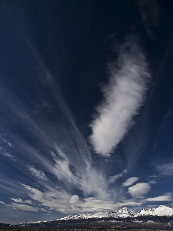 Nebo nad Tatrami II