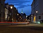 Letní večer na ulici
