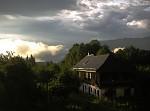 mraky hrají hlavní roli