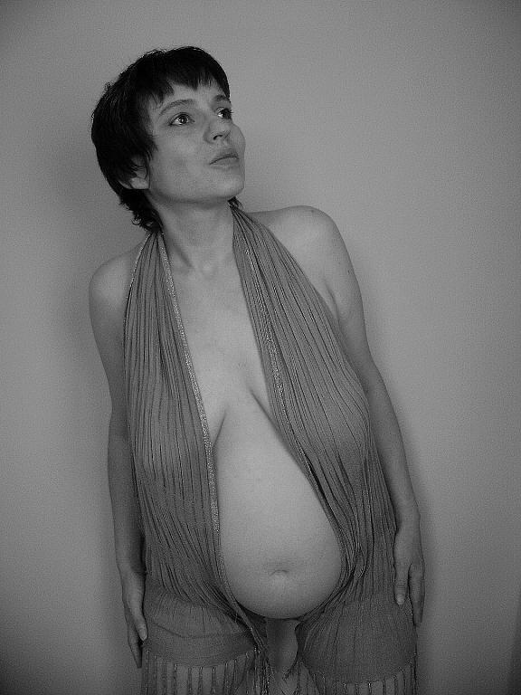 Těhotná1
