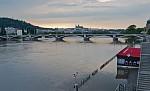 Voda v Praze opadává...
