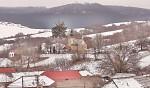 vesnička v zimě