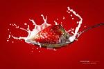 Jahoda a mlieko