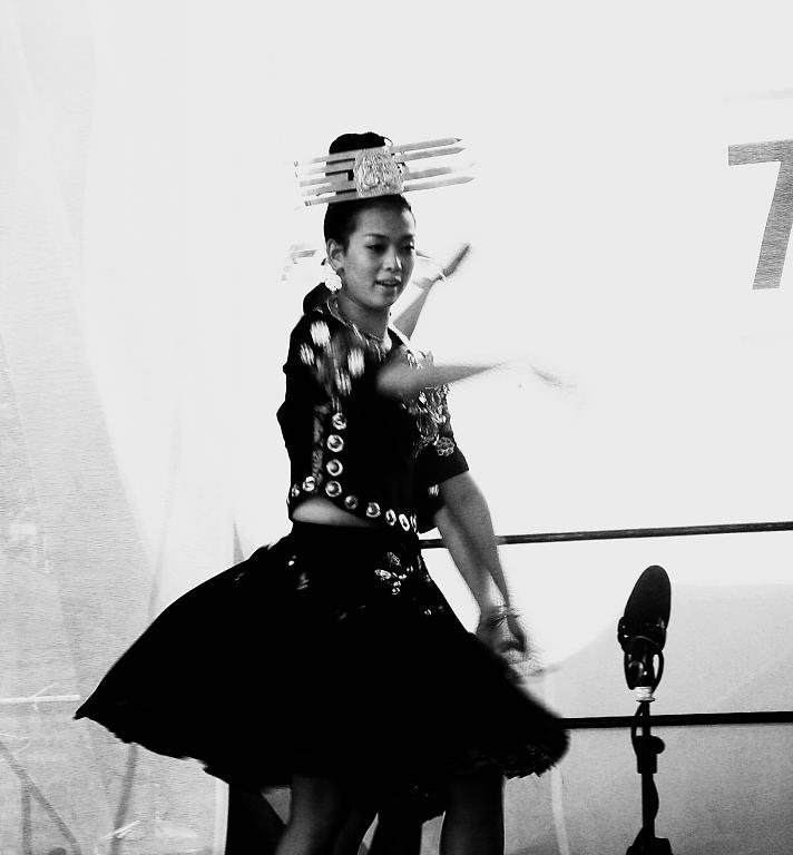 V rytmu exotického tance I