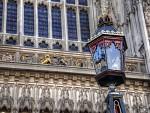 Zdobná lampa před Westminsterem