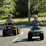 Na dětském dopravním hřišti