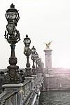 most v Paříži