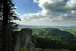 Výhled do krajiny z hory Ostaš