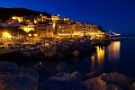 Večerním přístavem...