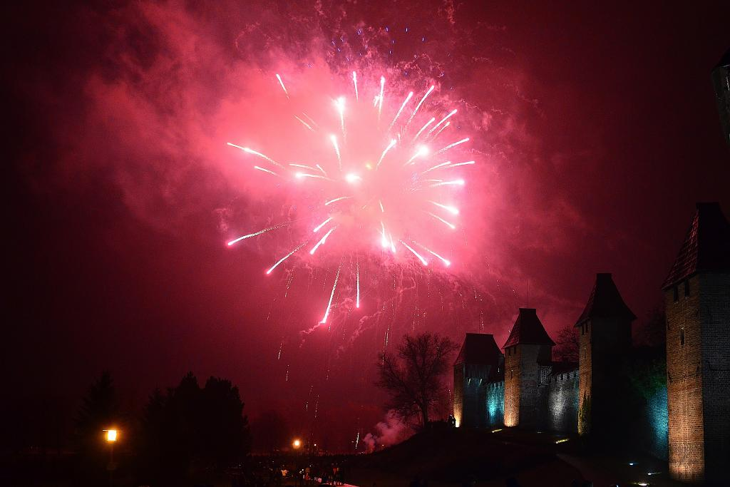 Novoroční ohňostroj v Nymburce II