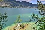 Kaplička v jezeře