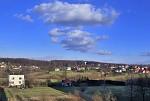 nebe nad městskou periferii