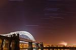 Star Trails nad mostem