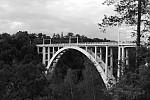Duhový most