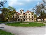 Lázně Bělohrad,chátrající zámek