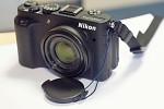 Sony NEX-5N - Nikon Coolpix P7700 s krytkou na šnúrke