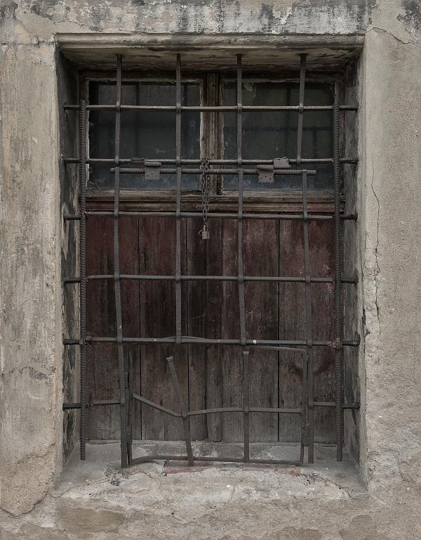 Okno do kláštera