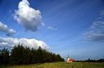 oblaka nad kostelem