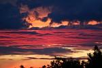 (nejen) pro zeloi...a obloha hoří dál...