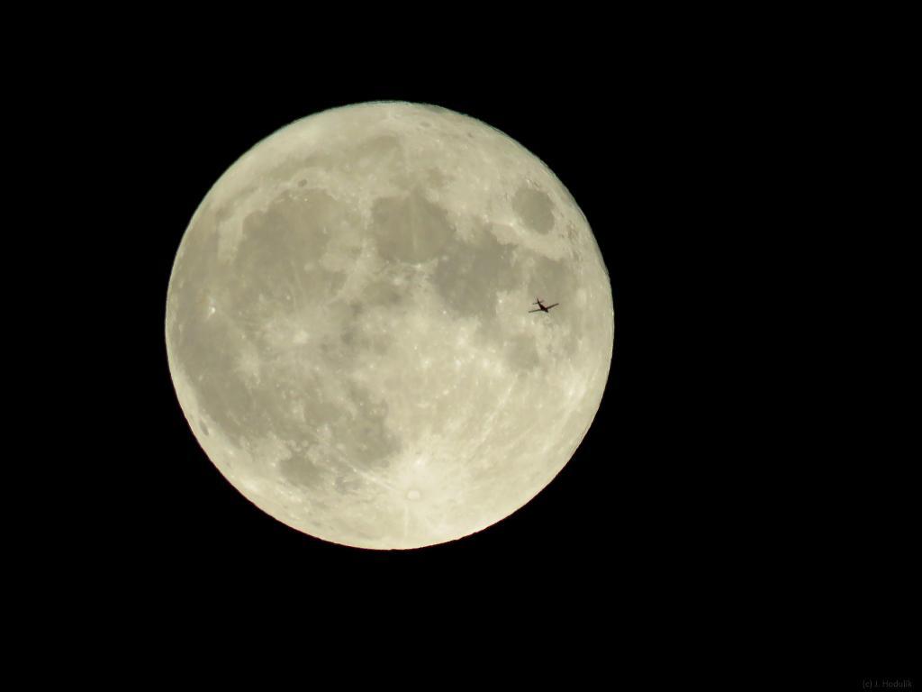 S Piperom na Mesiac