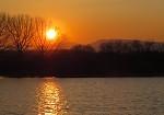 Západ slnka na priehrade