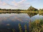 Balón nad rybníkem