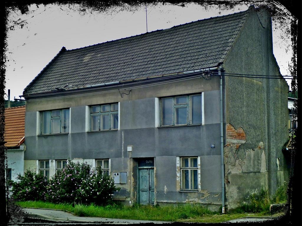 Dům u dvou zavražděných