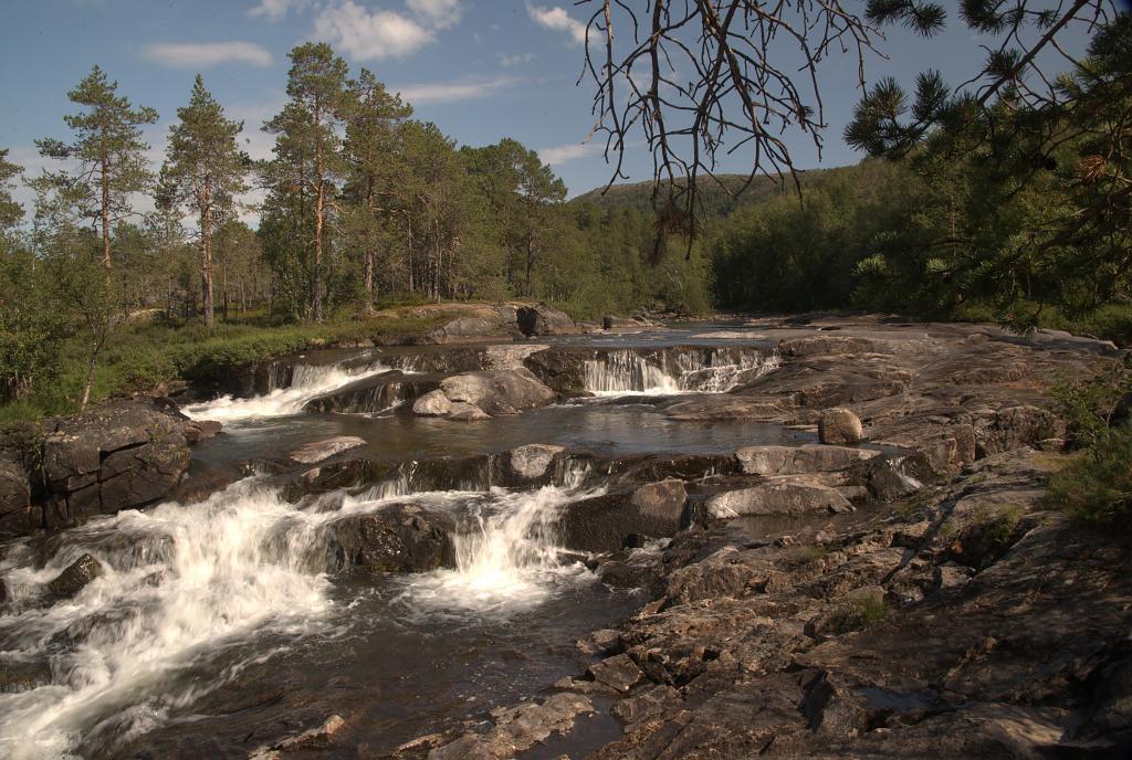 Řeka, někde v Norsku.