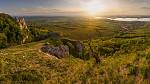 krajina jižní Moravy z Pálavských vršků od haklik