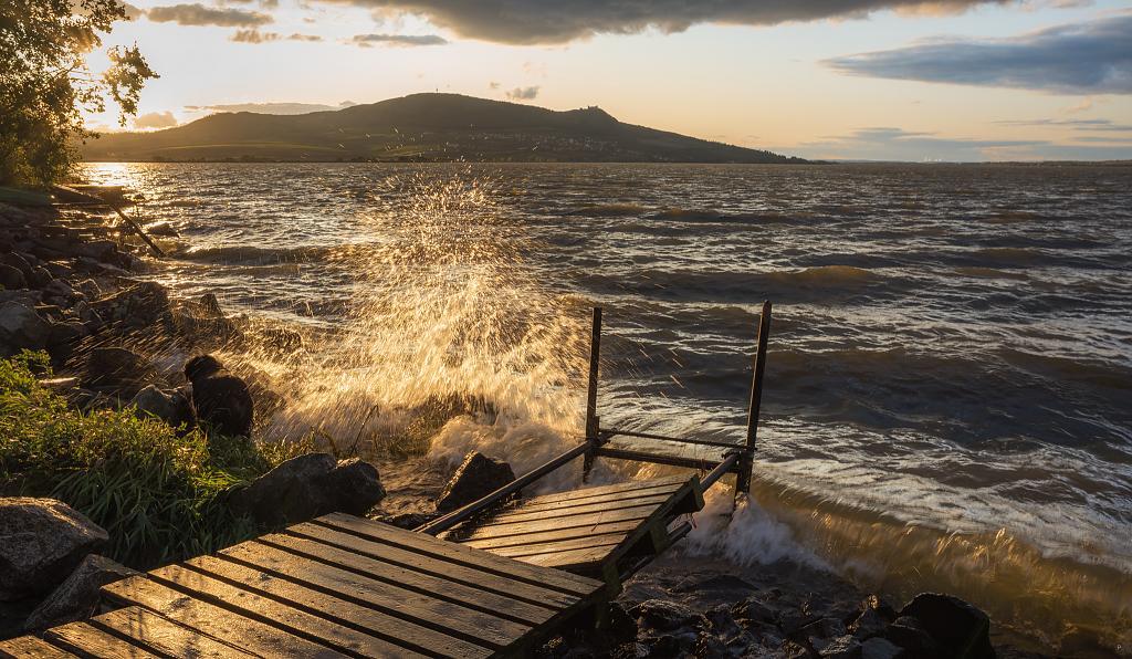 Mušovská jezera s Pálavou
