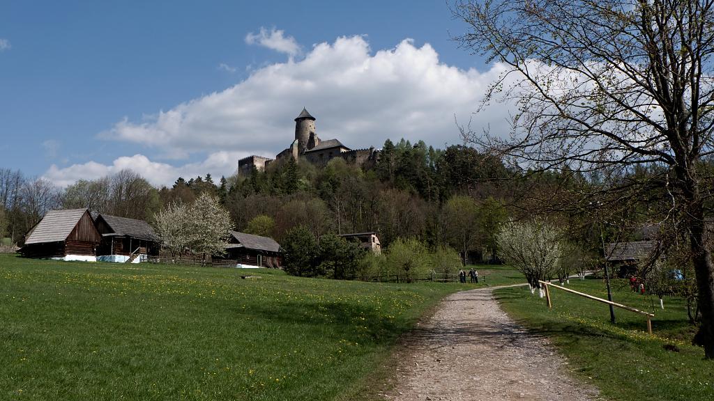 Pod Lubovnianským hradem