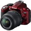 Nikon D3100 i v červené barvě